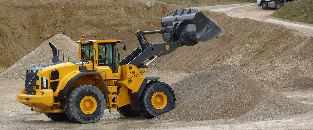We are a privately owned quarrying company supplying the Ripon, Harrogate, York, Thirsk, Northallerton, Catterick and North Leeds areas.